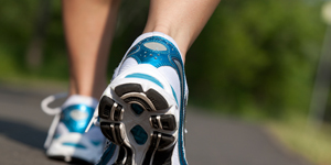 running-shoes-300